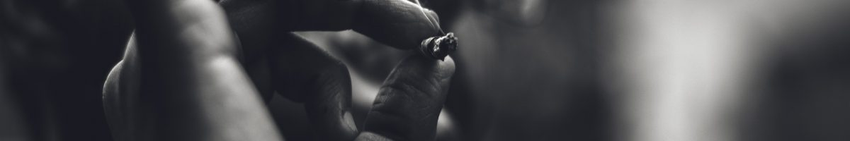 smoking-2529858_1920 (1)